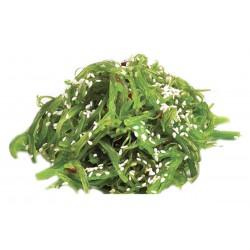 Салат из маринованных водорослей