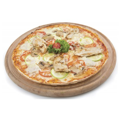 Пицца с курицей, грибами и цукини
